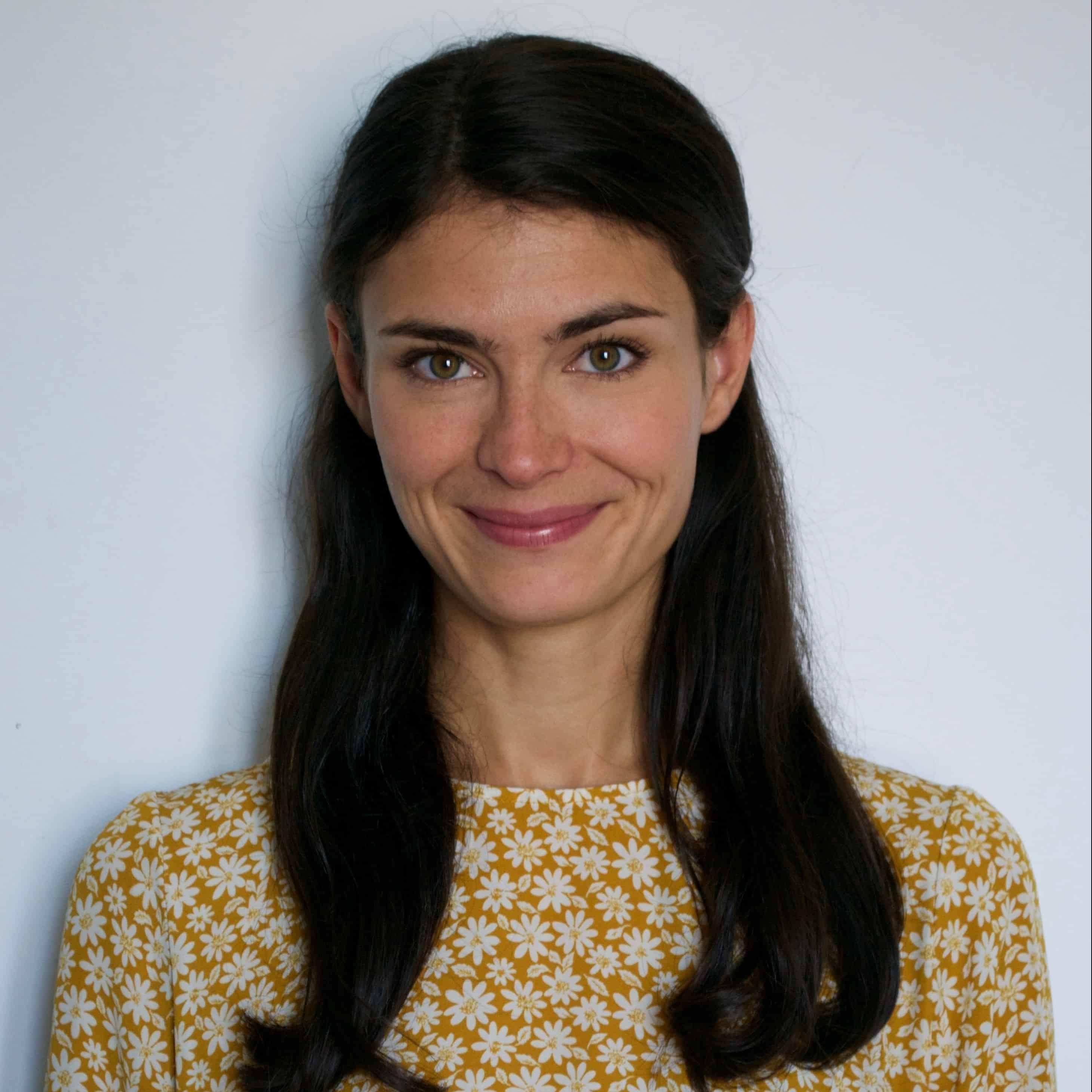 Ms Isabelle Doré