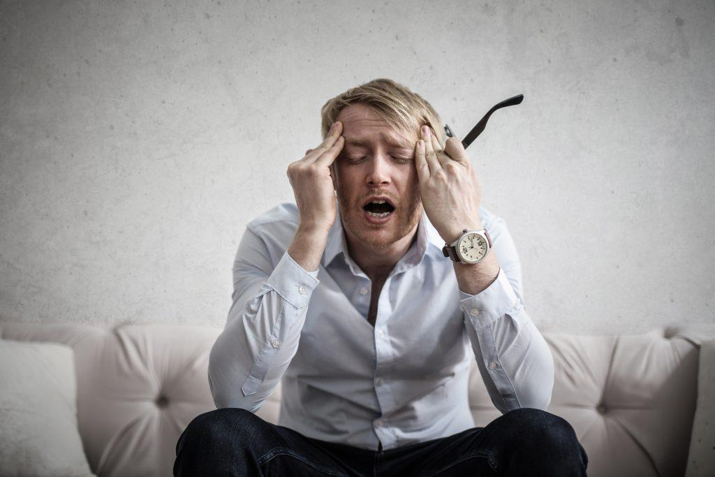 Burnout Syndrome Signs, Symptoms and 10 Strategies to Cope