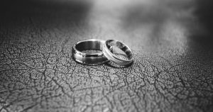 10 Tips for Surviving Infidelity